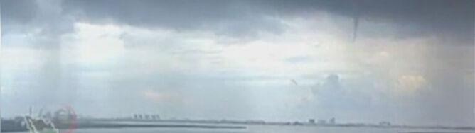 Trąba wodna szalała nad meksykańskim wybrzeżem