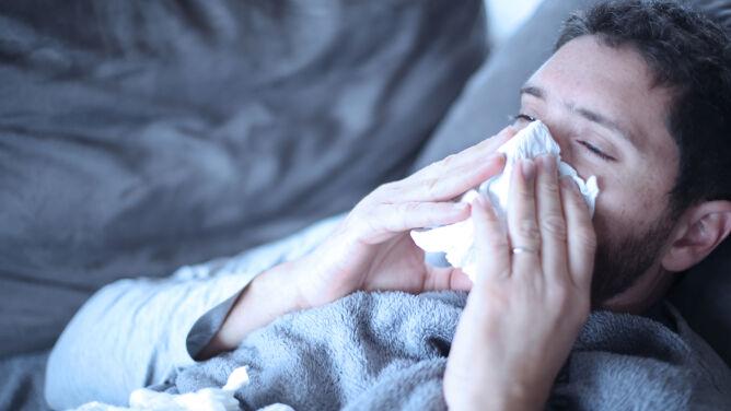 Kolejne ofiary śmiertelne grypy w Polsce. W lutym zachorowało ponad 800 tysięcy osób